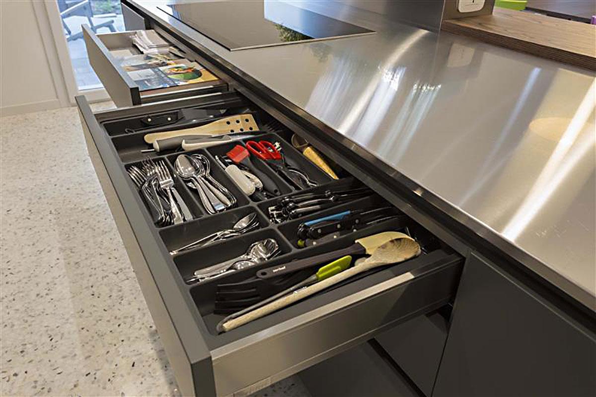 cucina-moderna-acciaio-3