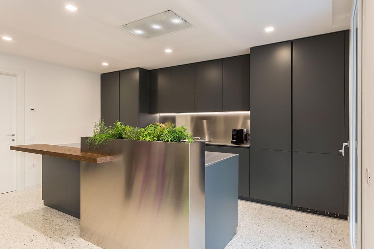 cucina-moderna-acciaio-5