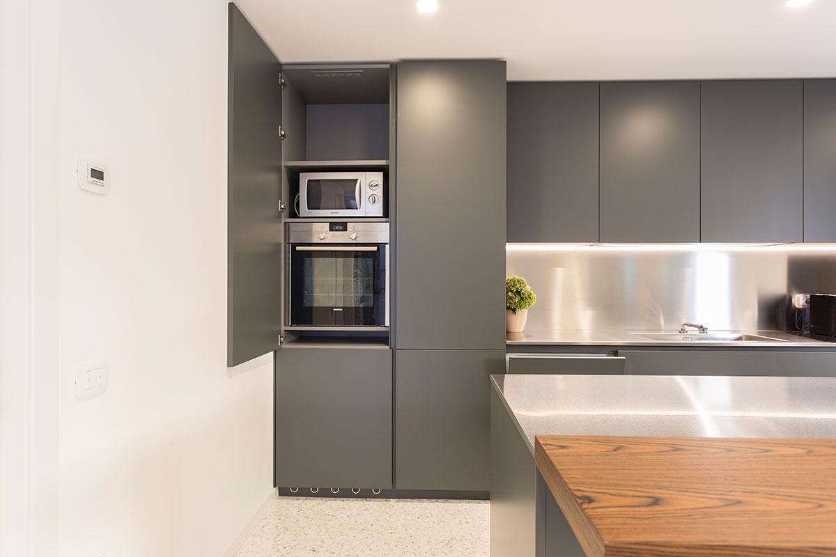 cucina-moderna-acciaio-7