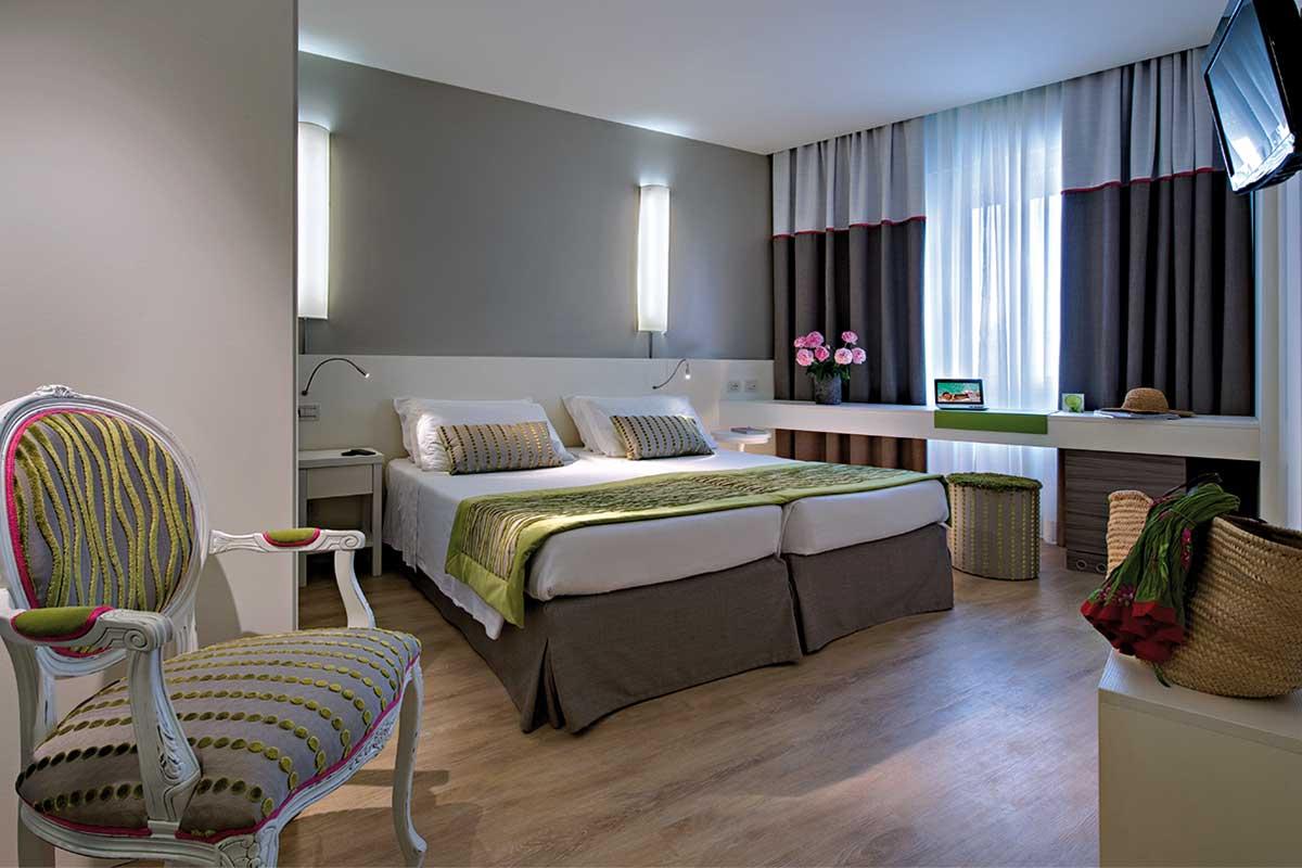https://www.gruppo5.it/wp-content/uploads/2018/10/arredo-hotel-mioni-pezzato-1.jpg