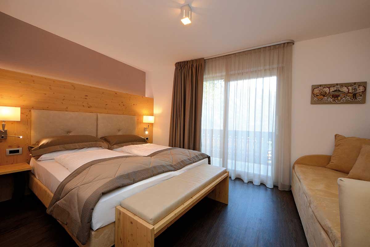 arredo camera moderna hotel montagna