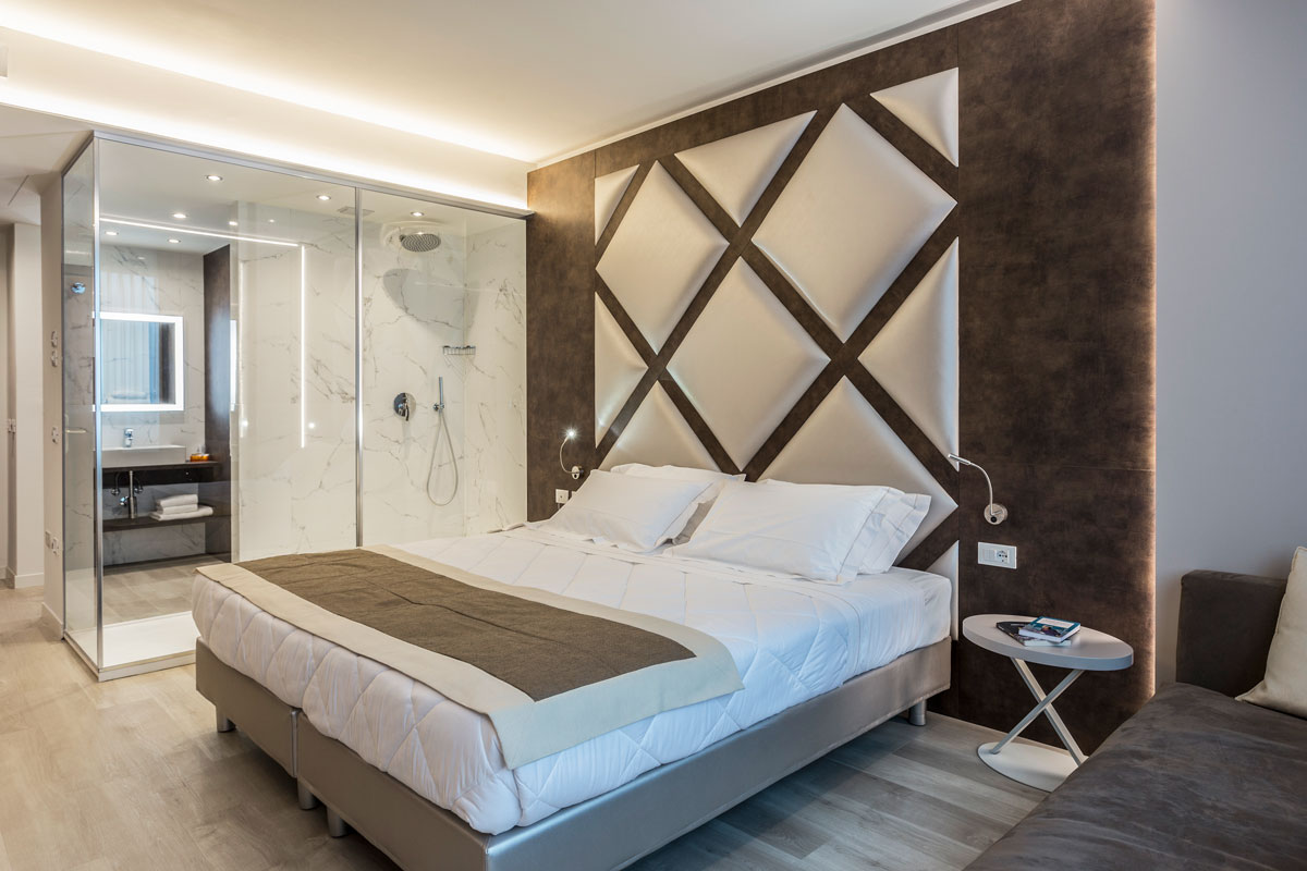 https://www.gruppo5.it/wp-content/uploads/2019/03/arredamento-elegante-hotel-vicenza-4.jpg