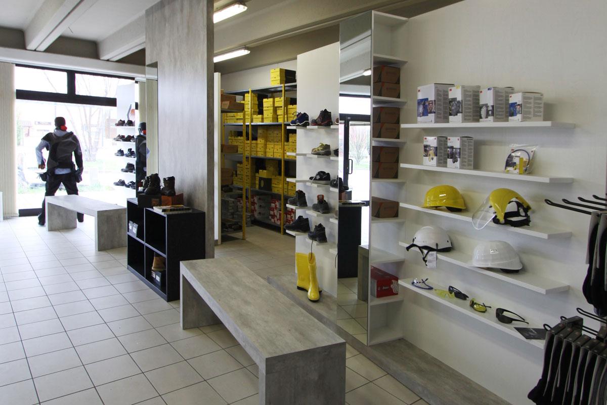arredamento negozio
