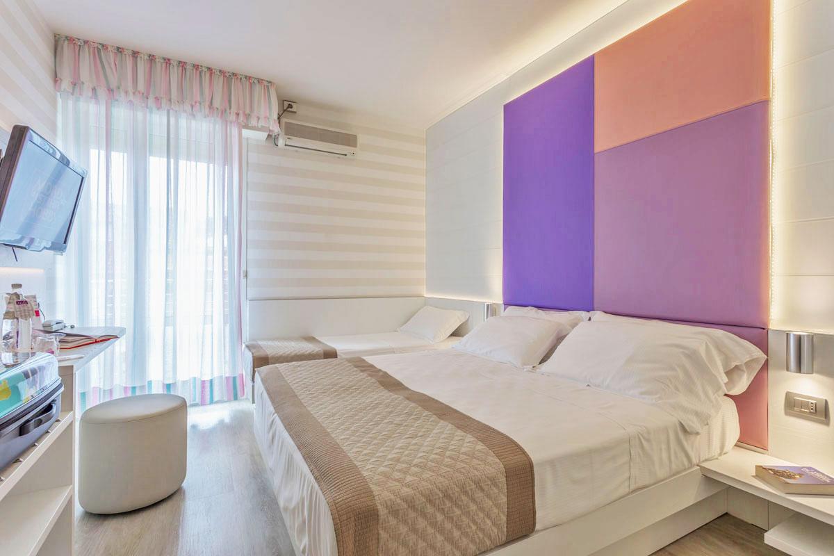 arredamento hotel colorato