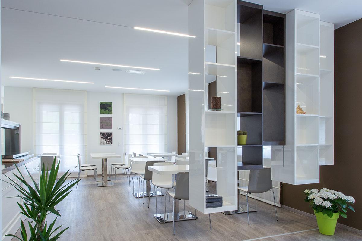 ristorante moderno laccato bianco