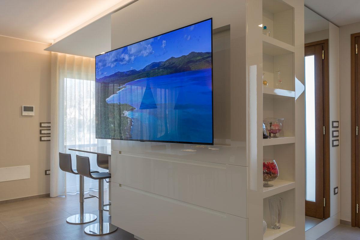 6-parete-tv-su-misura
