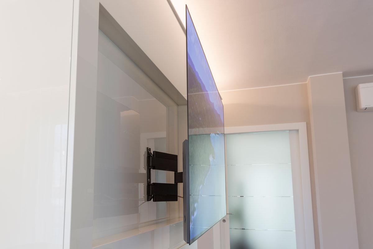 7-parete-tv-su-misura