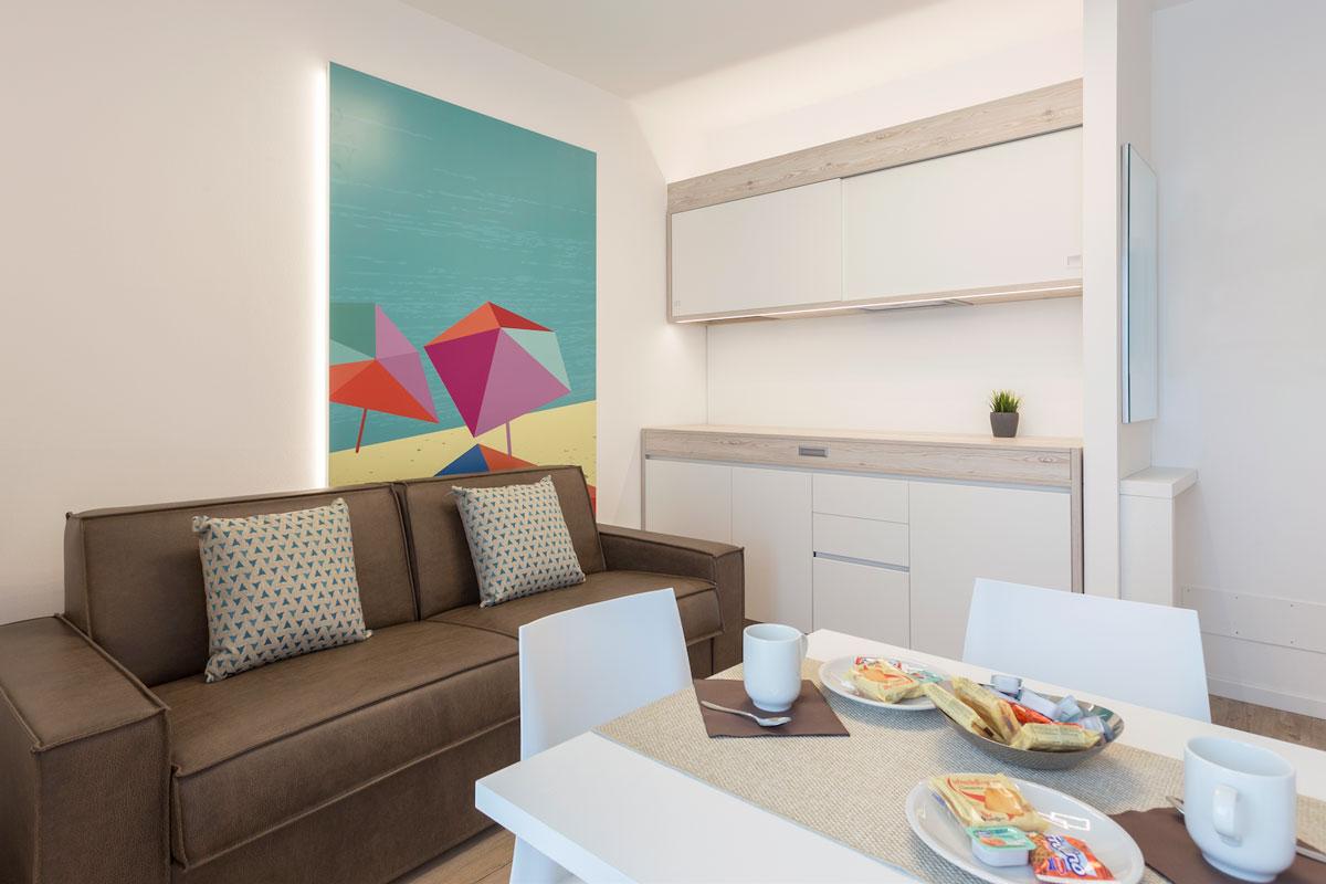 https://www.gruppo5.it/wp-content/uploads/2019/05/arredo-appartamenti-mare.jpg
