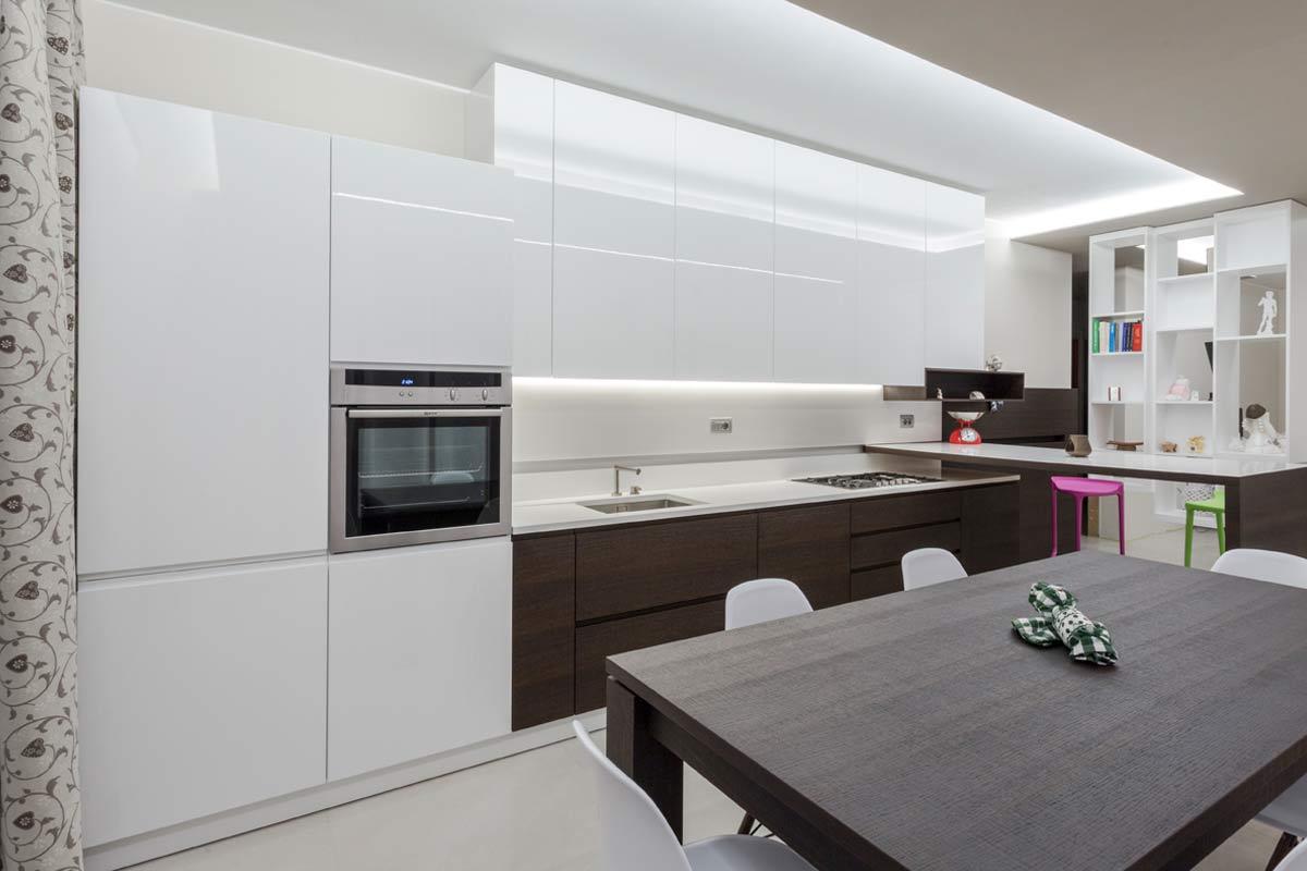 arredo casa cucina moderna bicolore