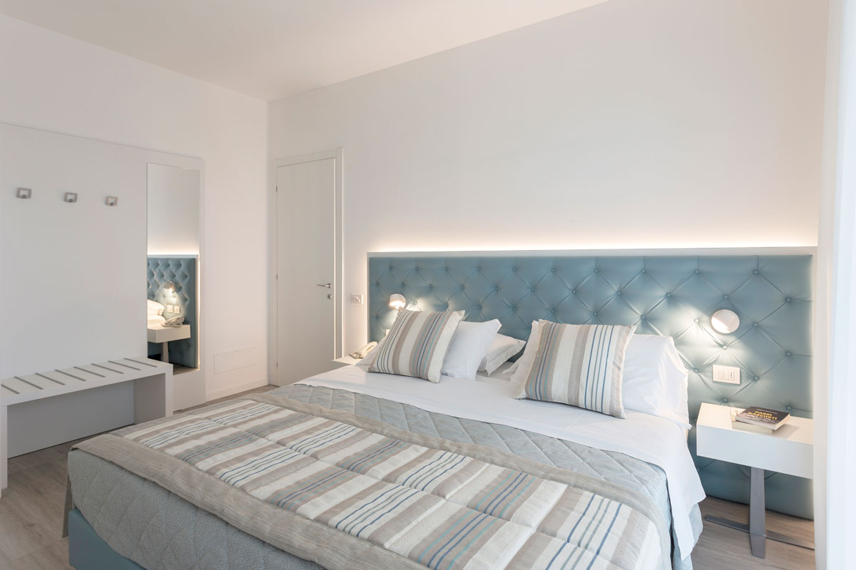 letto-in-ecopelle-1