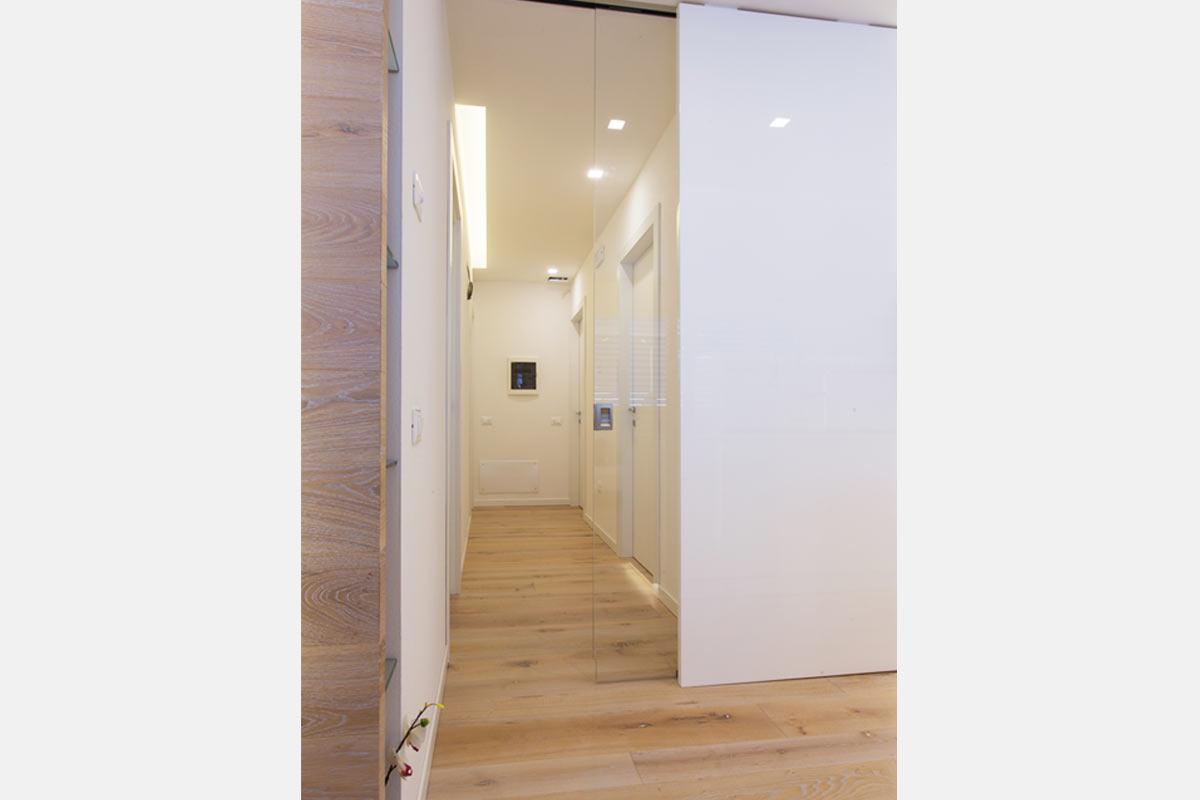 arredo casa moderna total white
