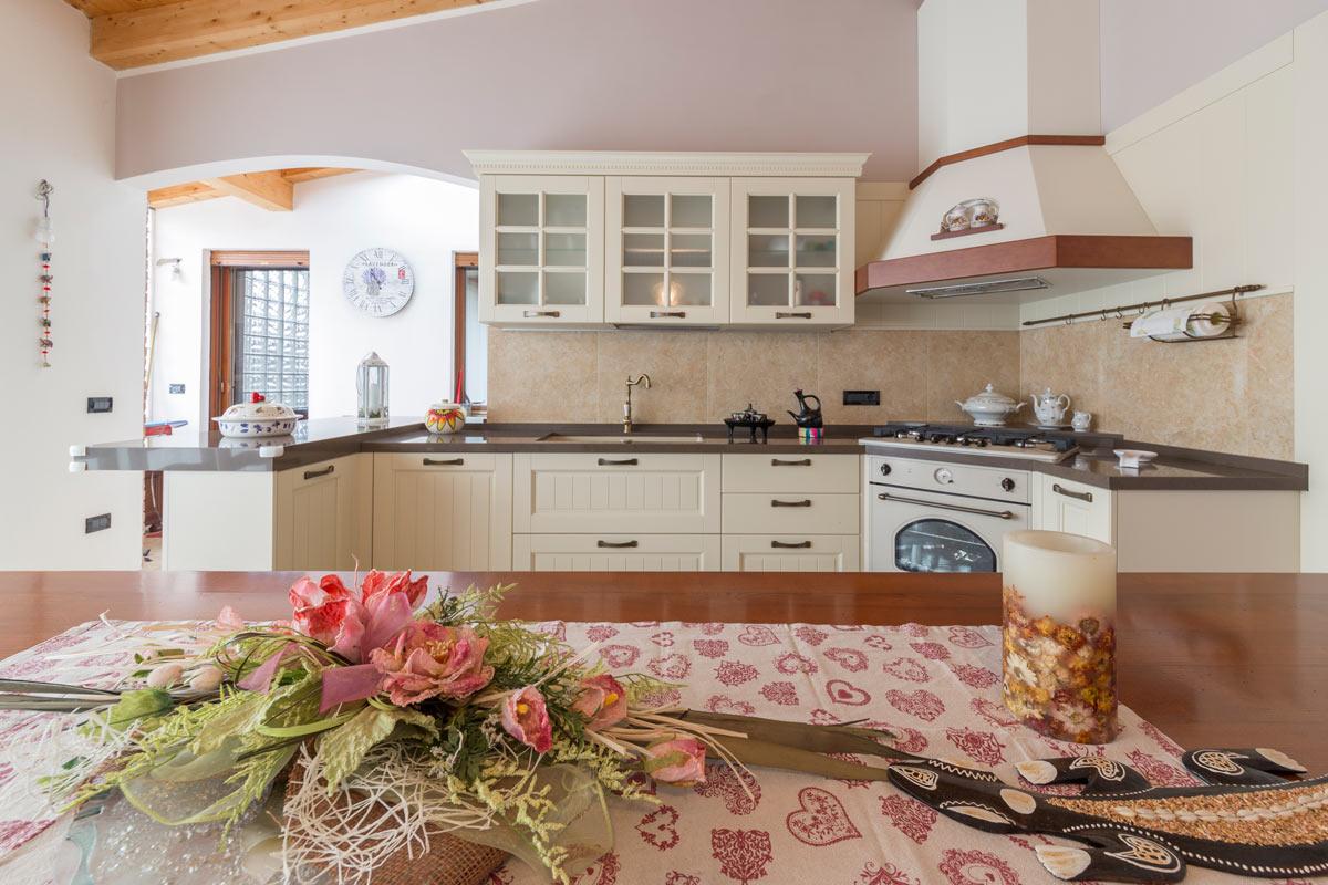 https://www.gruppo5.it/wp-content/uploads/2019/05/progetto-casa-46-cucina-c-4.jpg