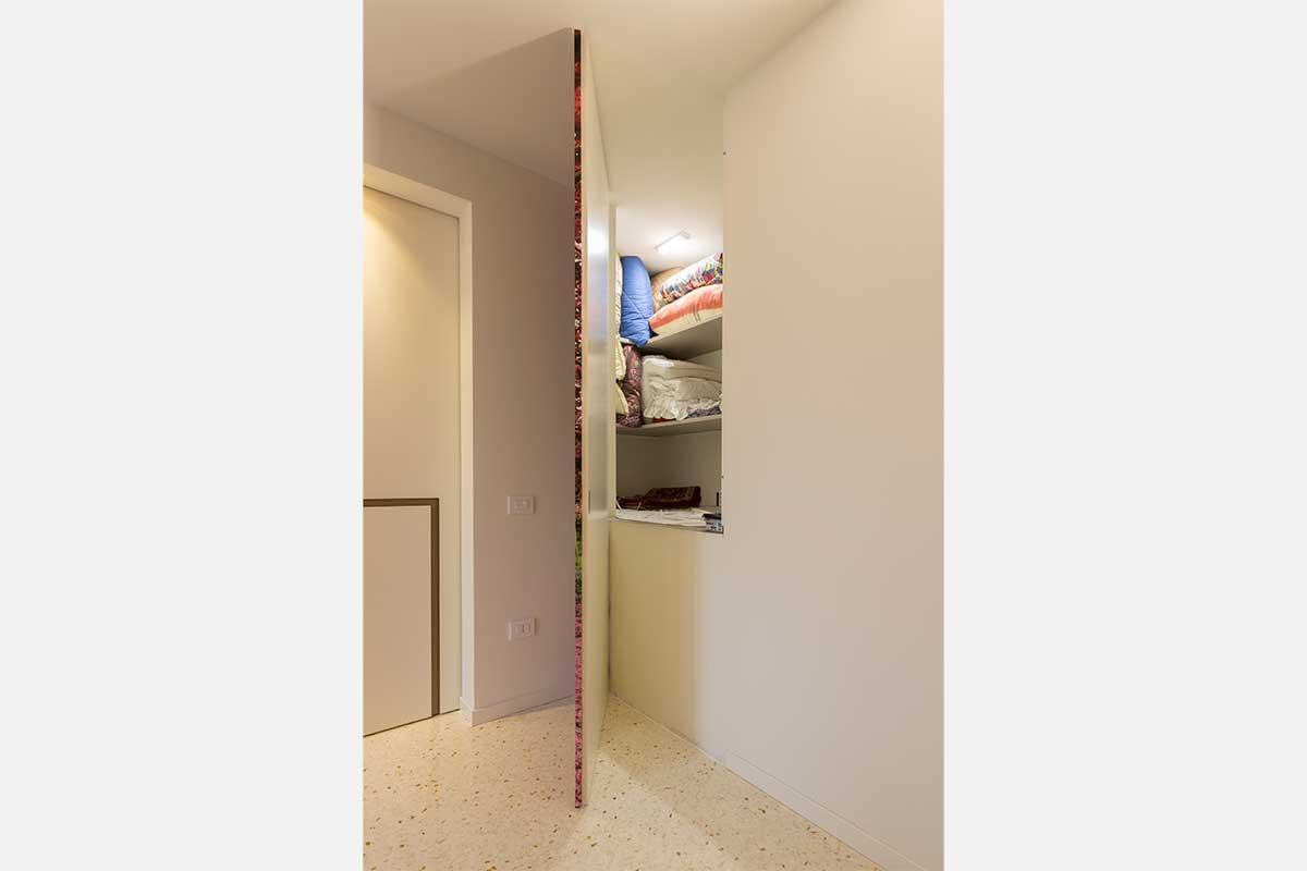 camera-matrimoniale-cabina-armadio-6