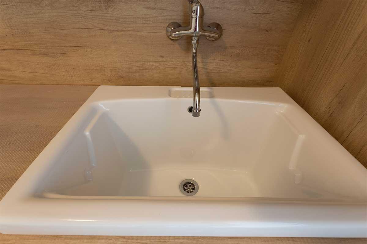 lavanderia-mobile-su-misura-9