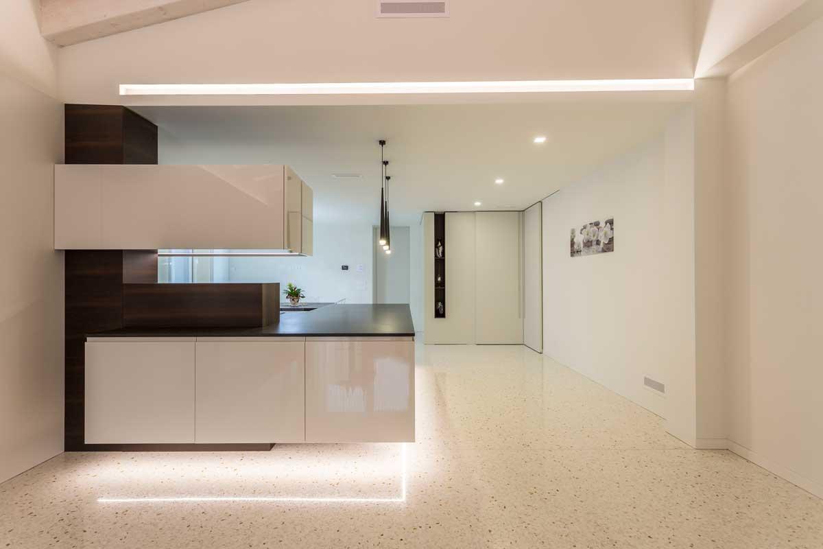 progetto-arredo-cucina-salotto-openspace-32