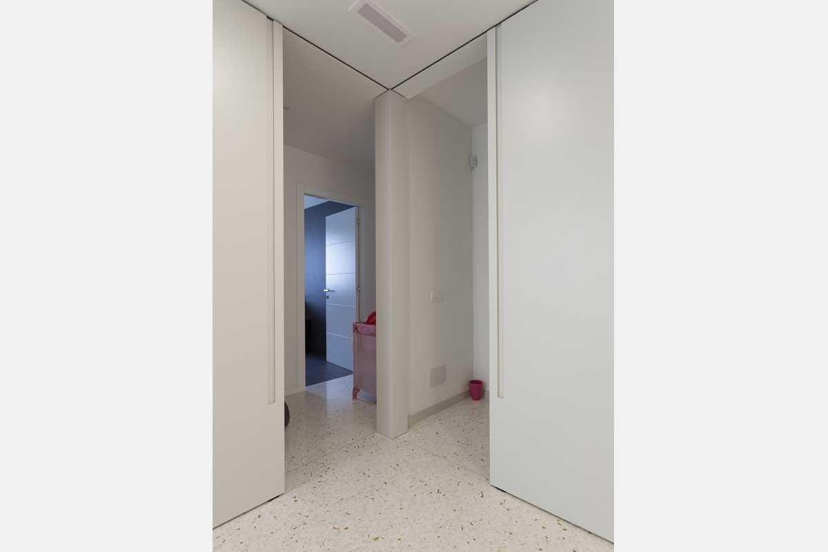 progetto-arredo-cucina-salotto-openspace-37