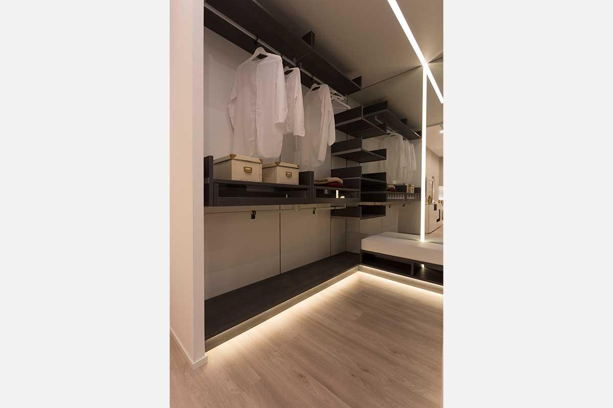 Cabina Armadio Su Misura.Bedroom Project 219 Gruppo 5 Custom Made Furnishings For