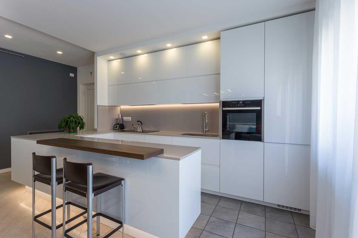 11-arredamento-cucina-soggiorno