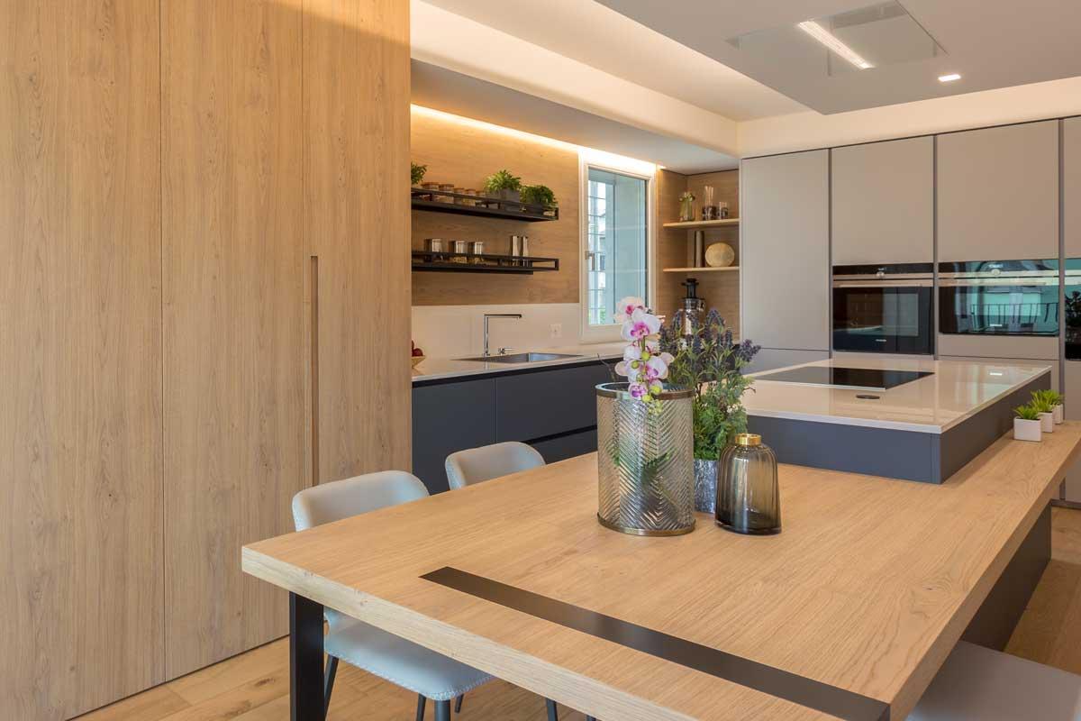 11-cucina-moderna-legno-antracite