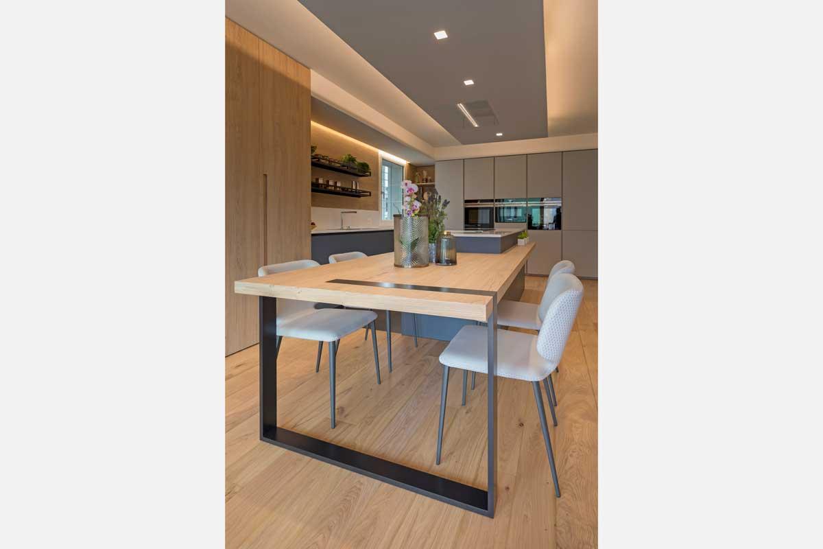 13-cucina-moderna-legno-antracite
