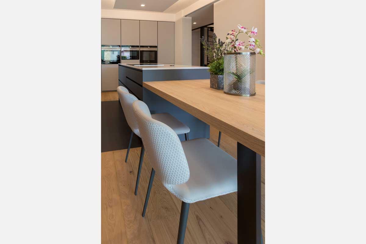15-cucina-moderna-legno-antracite