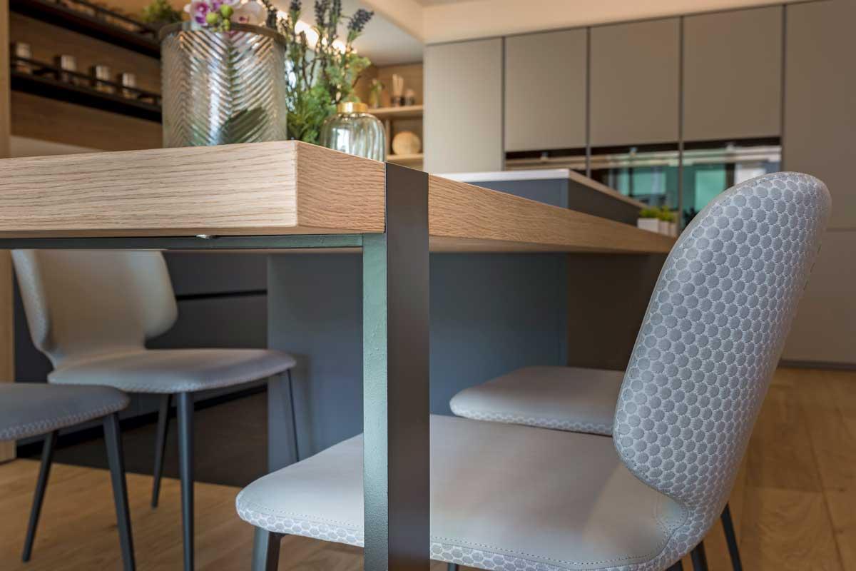 16-cucina-moderna-legno-antracite