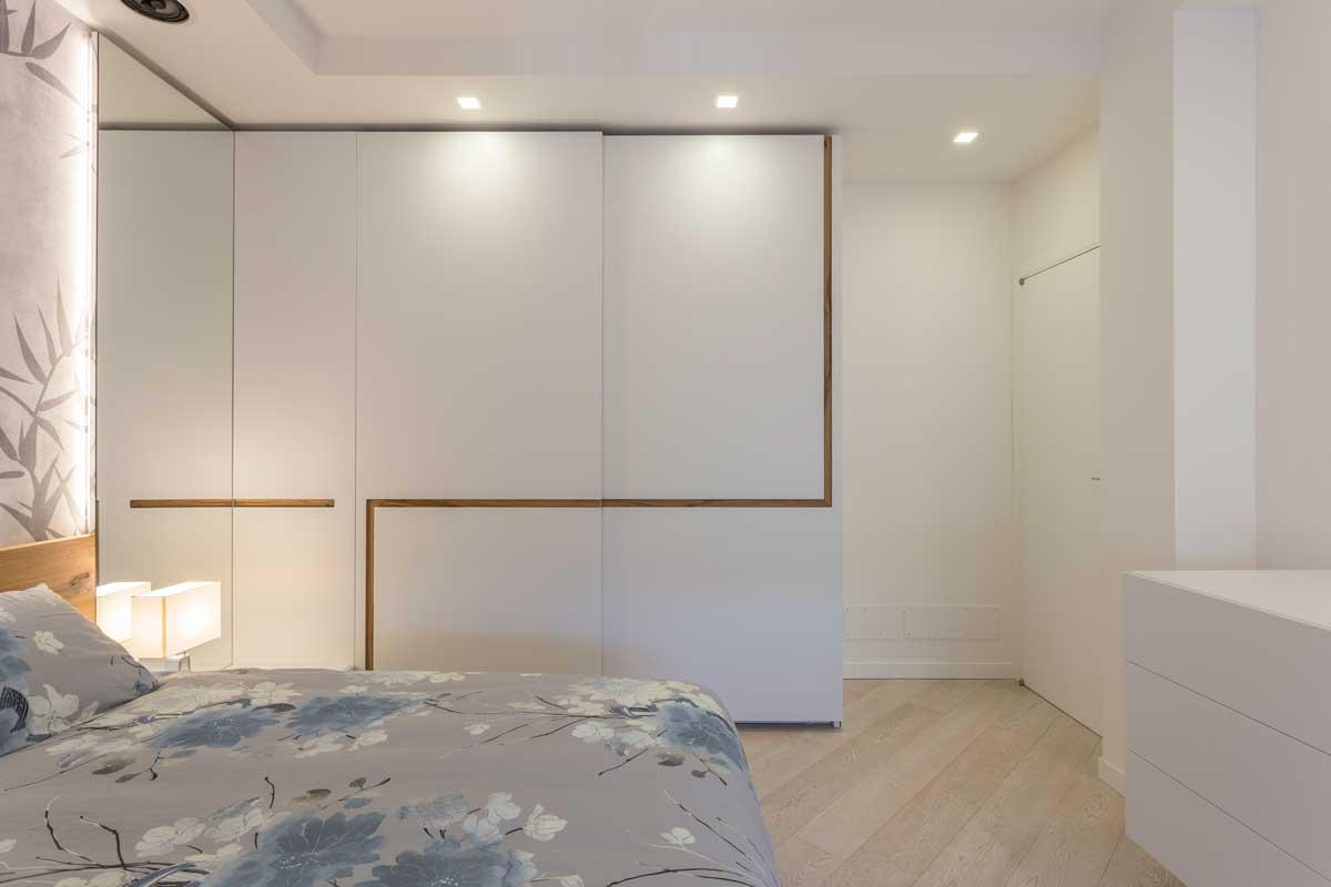 6-camera-matrimoniale-bianca-legno