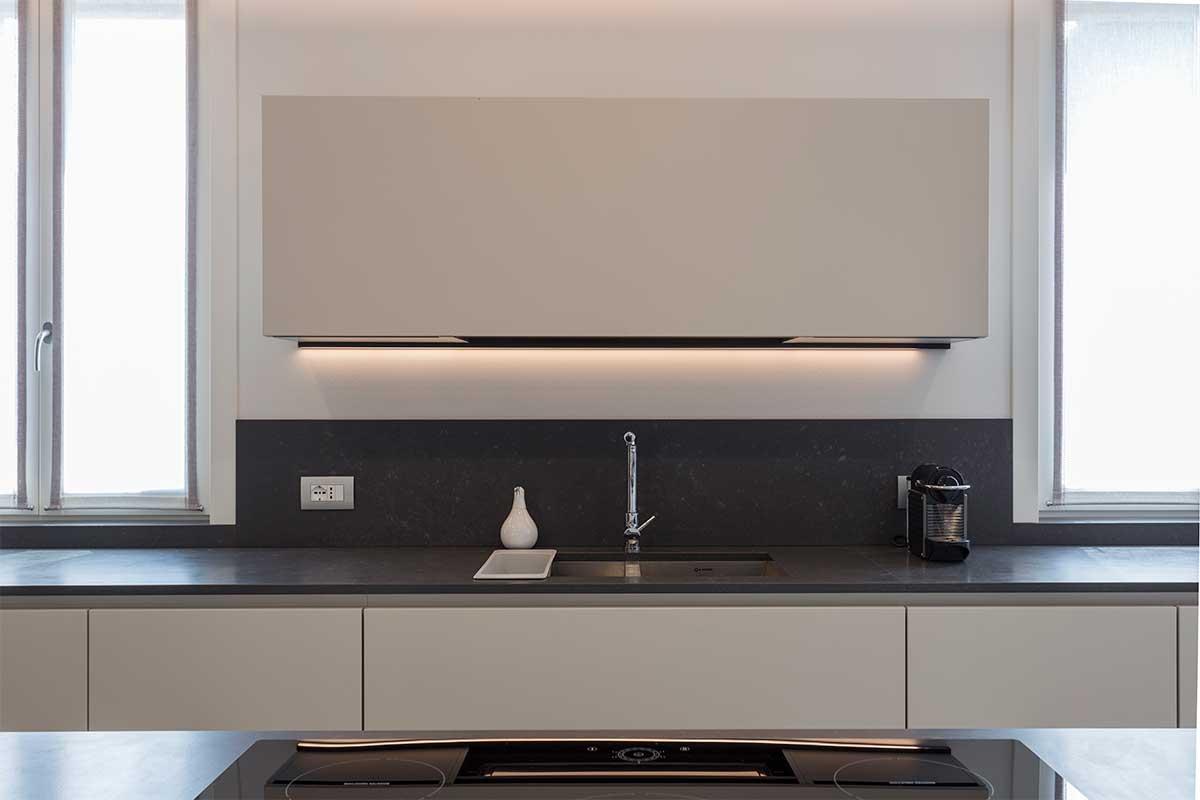 19-divisorio-cucina-soggiorno