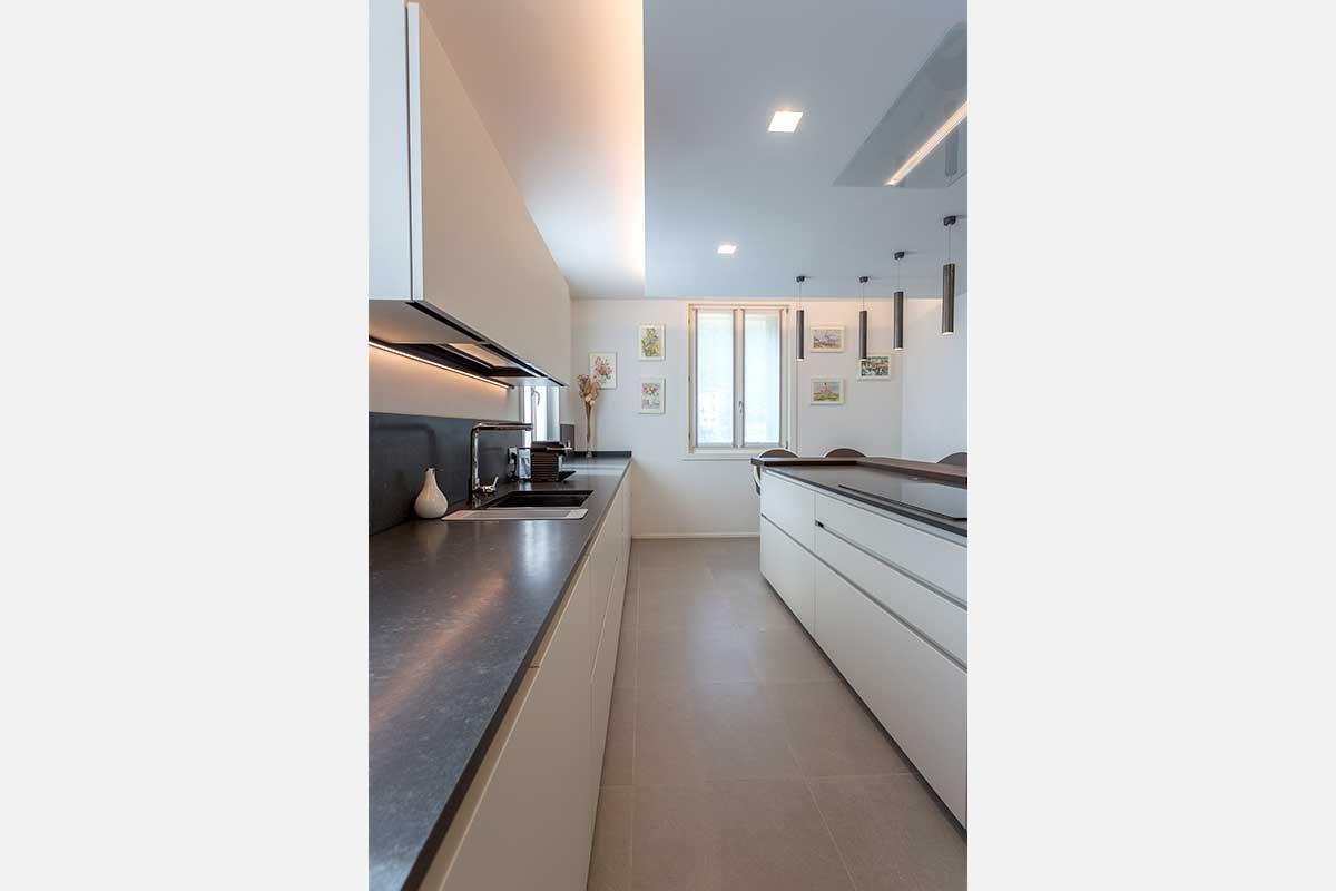 22-divisorio-cucina-soggiorno