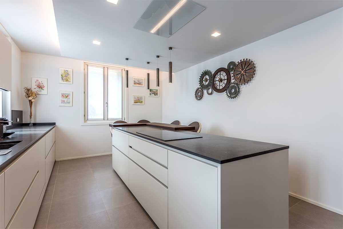 24-divisorio-cucina-soggiorno