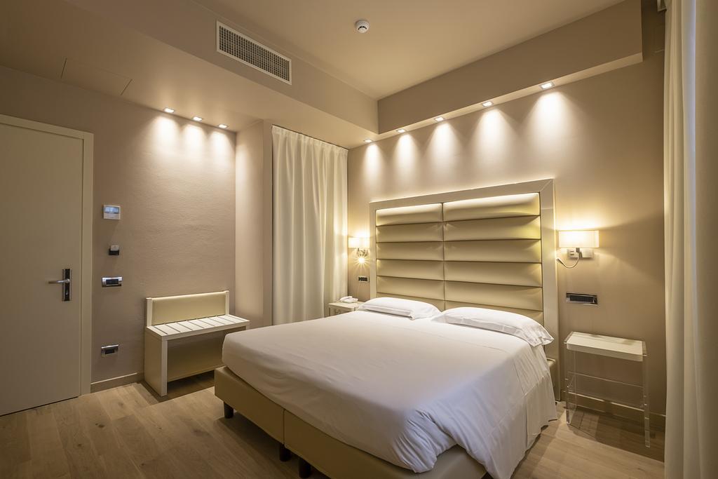 4--rinnovo-arredo-hotel-elegante
