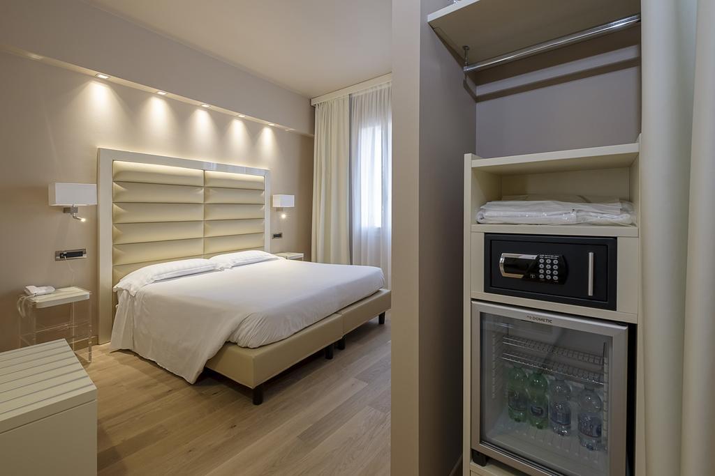 6--rinnovo-arredo-hotel-elegante