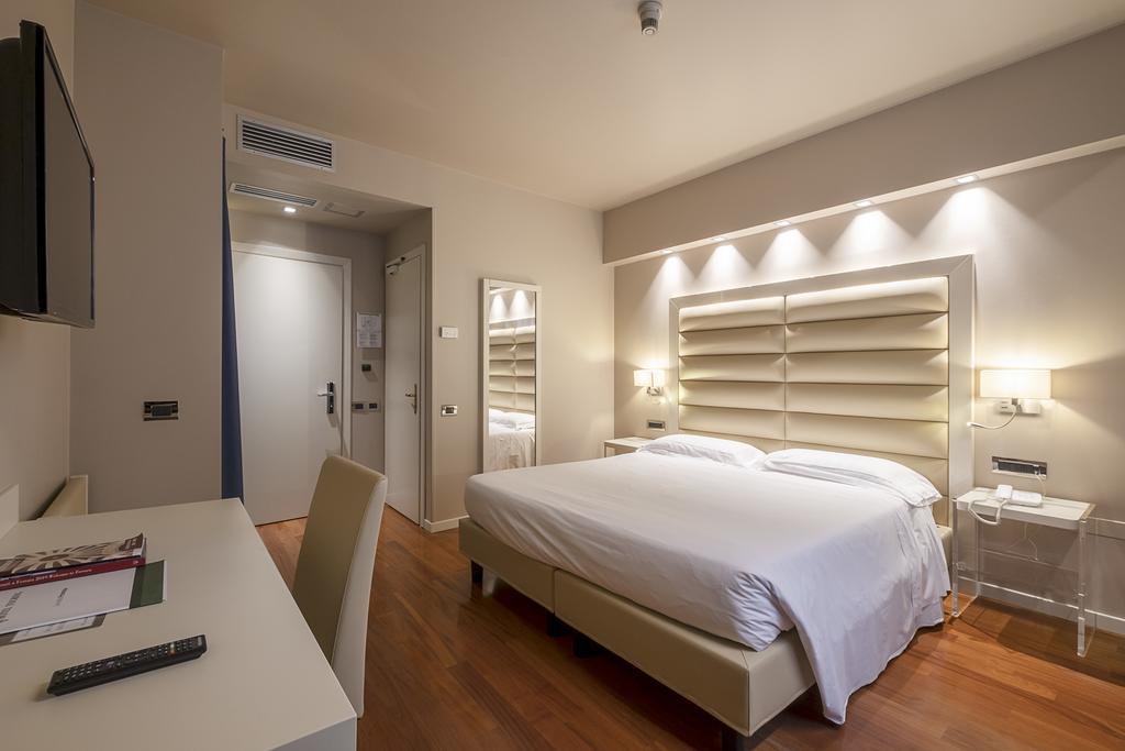 7--rinnovo-arredo-hotel-elegante