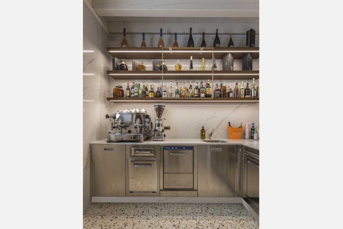 21-arredo-bar-contemporaneo-villa-zoppi-verona