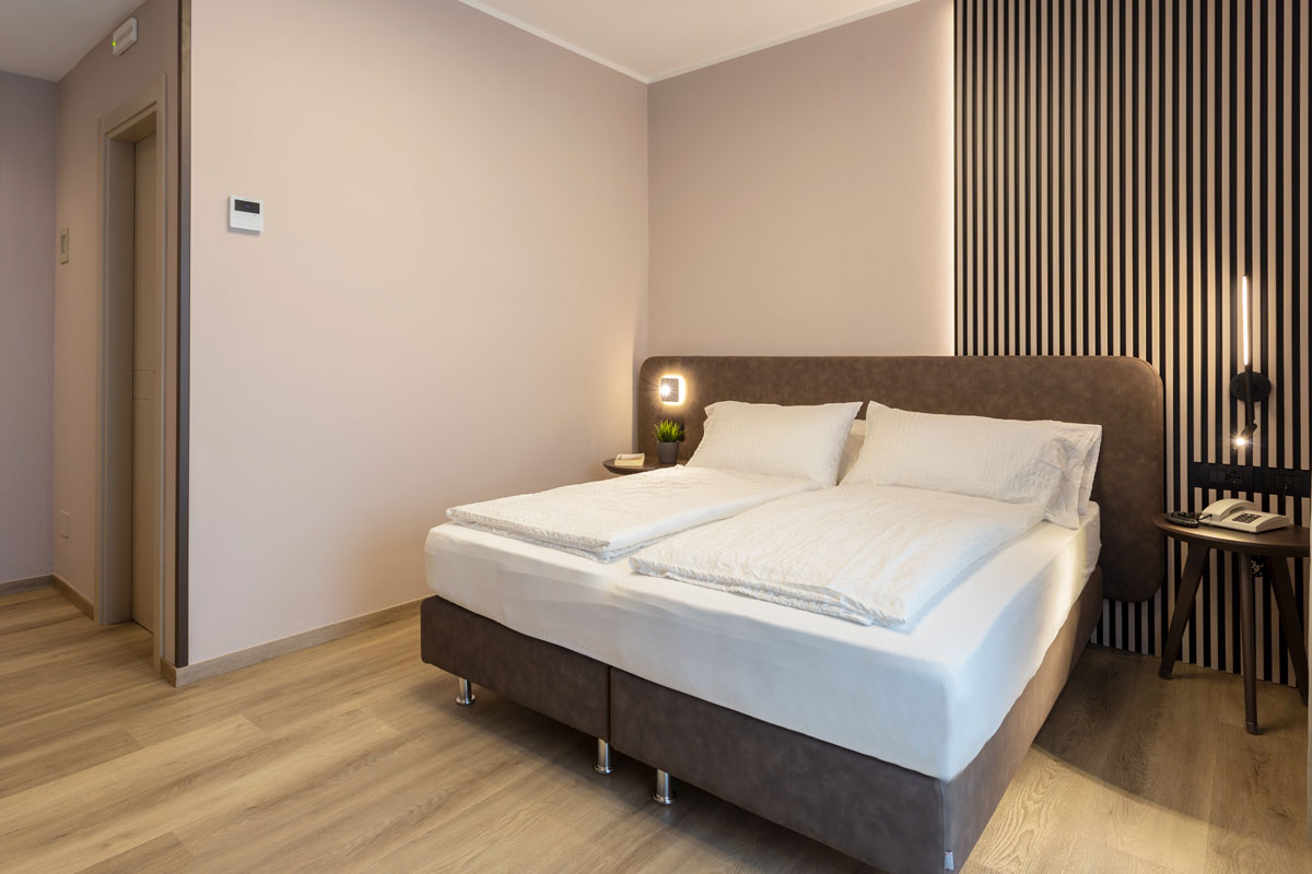 5-arredamento-hotel-moderno-minimale