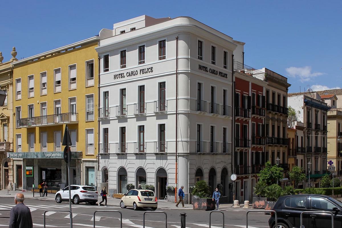 restyling-facciata-hotel-carlo-felice-cagliari