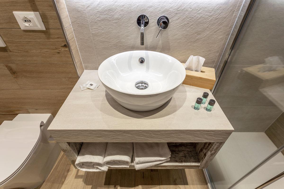 11new-arredo-moderno-hotel-mare-caorle