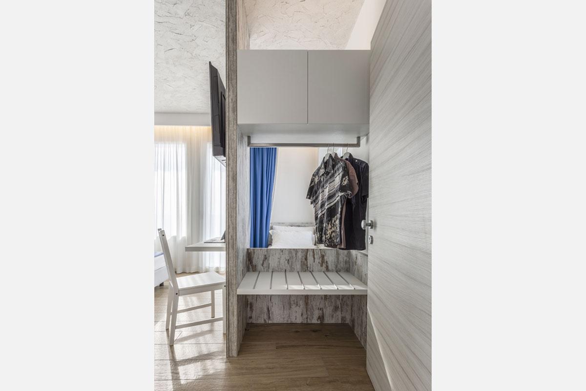 13new-arredo-moderno-hotel-mare-caorle