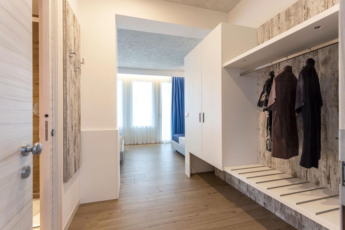20new-arredo-moderno-hotel-mare-caorle