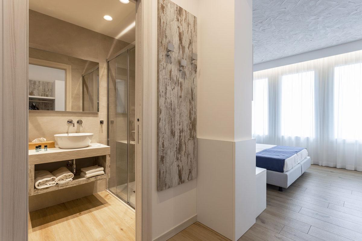 21new-arredo-moderno-hotel-mare-caorle