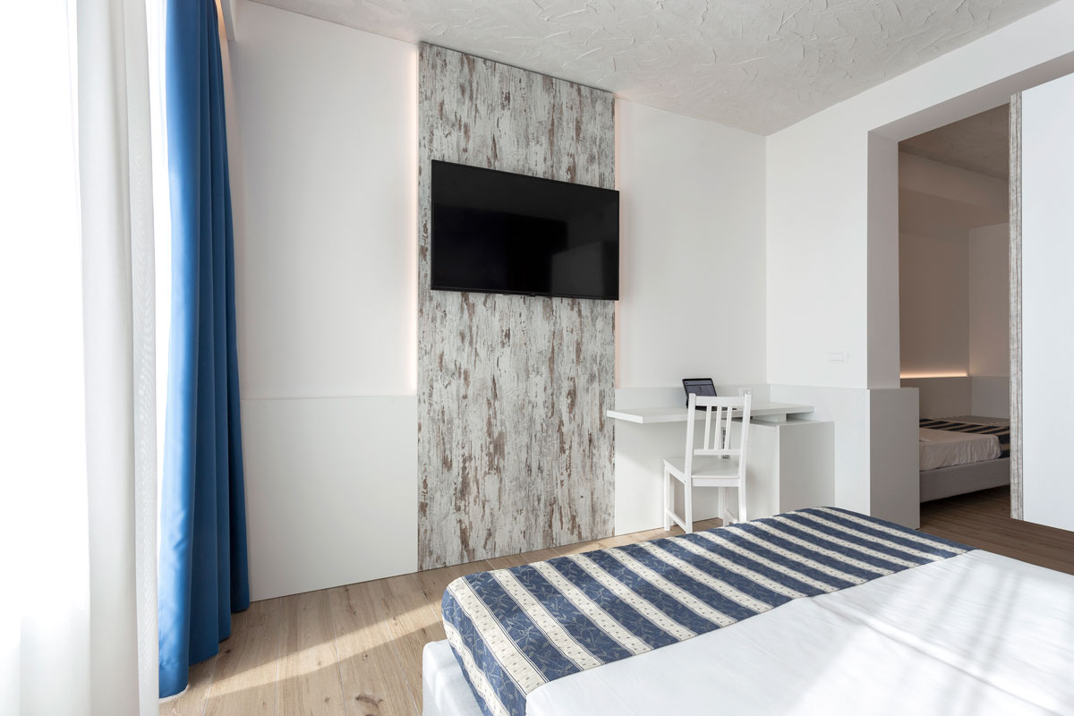 33new-arredo-moderno-hotel-mare-caorle
