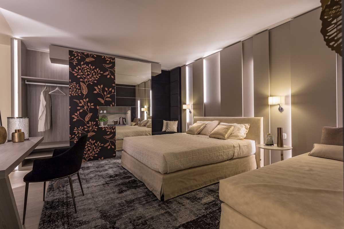 https://www.gruppo5.it/wp-content/uploads/2021/02/arredo-camera-hotel-lusso-6.jpg