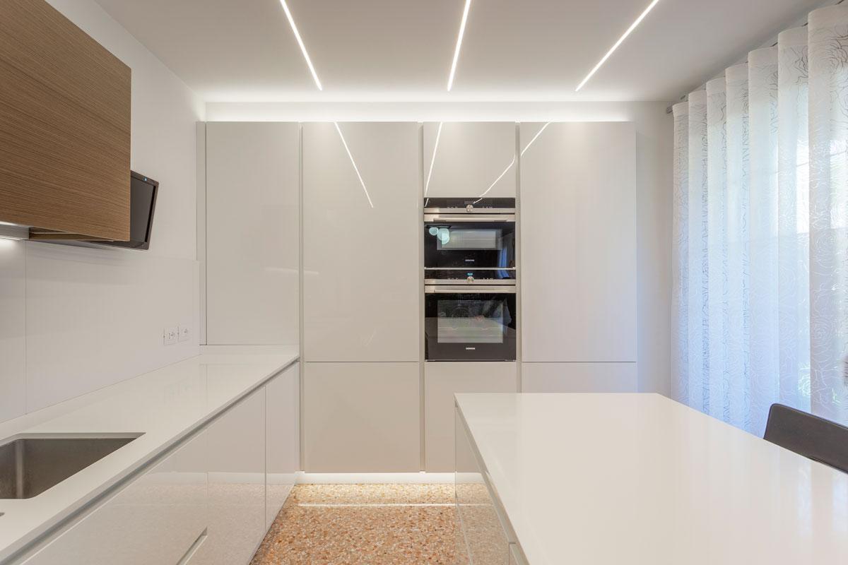 12-arredo-casa-moderno-su-misura