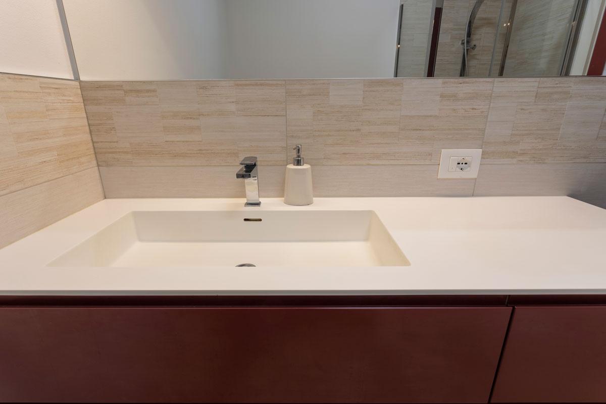 4-arredo-bagno-moderno-camera