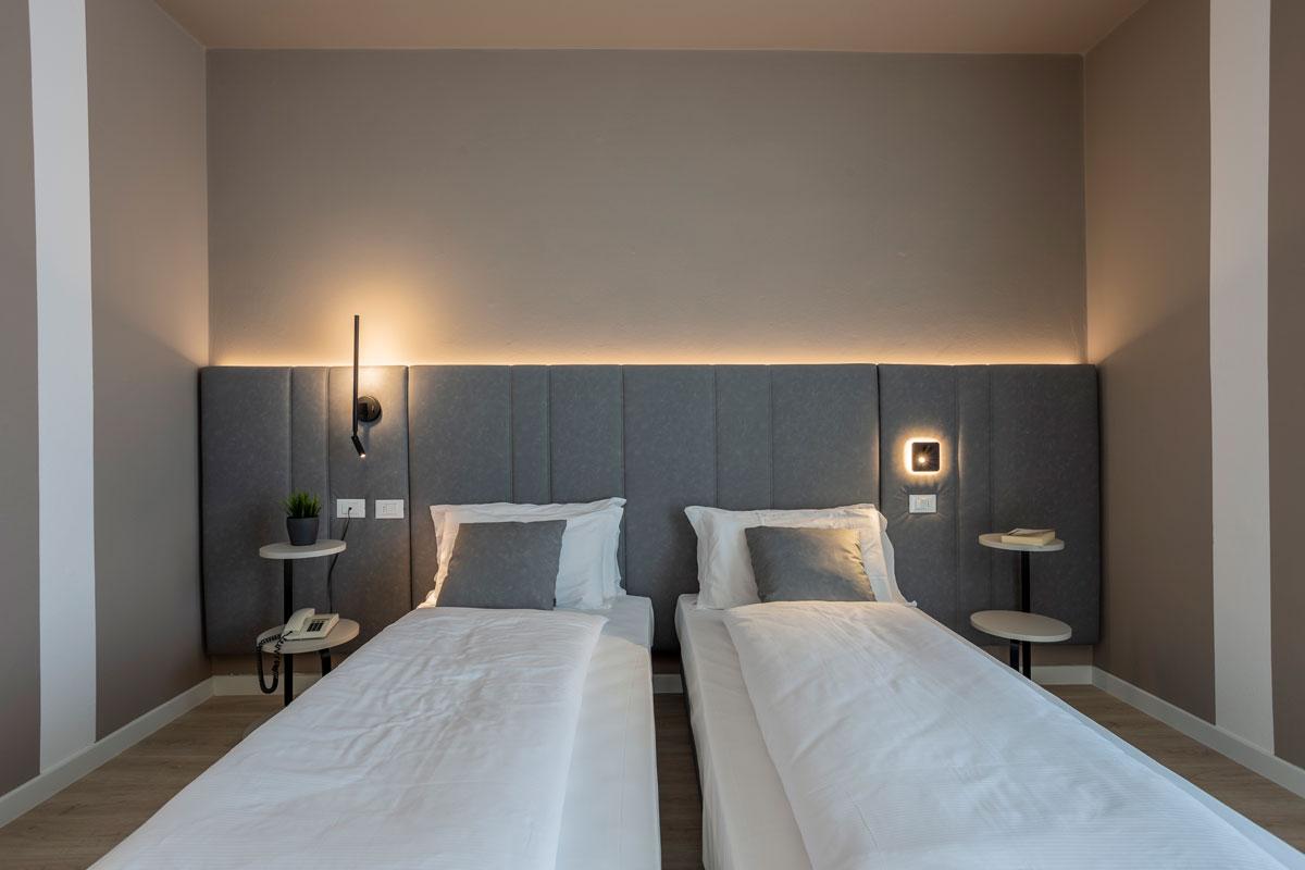 10-arredo-moderno-funzionale-hotel-mare
