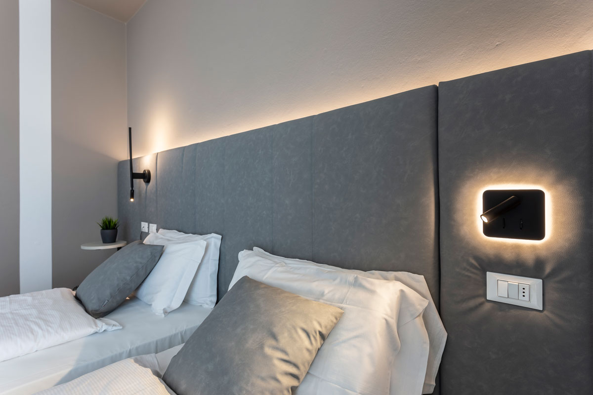 12-arredo-moderno-funzionale-hotel-mare