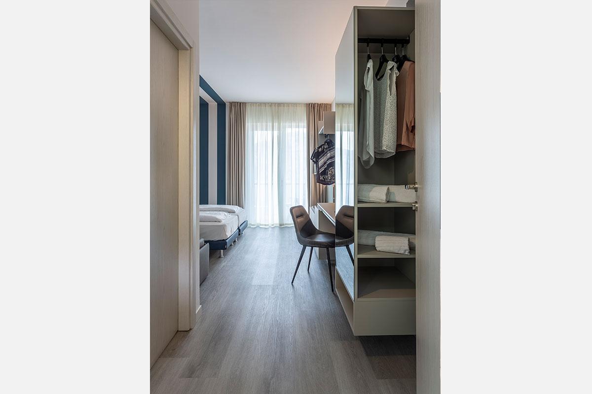 14-arredo-moderno-funzionale-hotel-mare